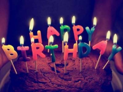 你和那個明星在同一天生日 居然同一天生日也太幸運了吧!