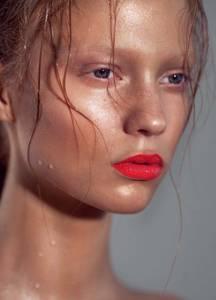 【編輯推薦】滋潤 抗燥 超保濕!9款「美人魚系」保養美妝品