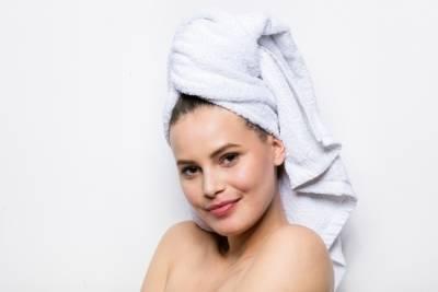 想要頭髮早上不打結,這麼你應該要這樣......睡覺!?五個你一定要學起來的超實用保養小妙招!