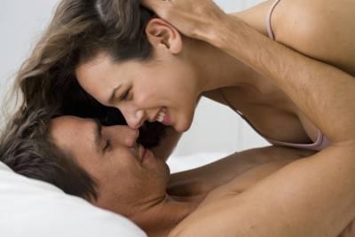 戀愛中的人都是笨蛋!情侶在旁人眼裡的8個白癡行為